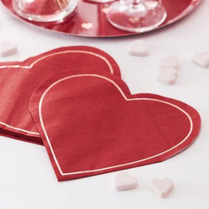 מפיות לב אדום