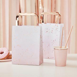 שקיות נייר ורודות