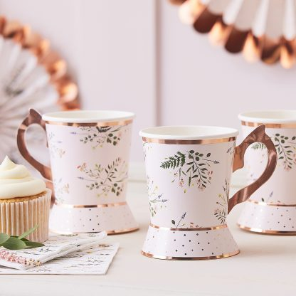 כוסות ספל חד פעמי מסיבת תה