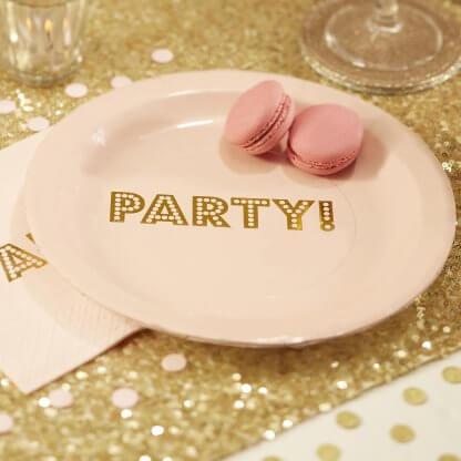 צלחות מסיבה ורודות